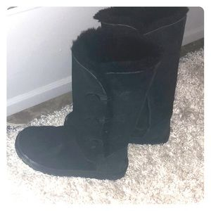 Uggs boots, black, gently worn